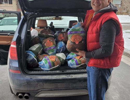 Turkey Donation to Tungasuvvingat Inuit, Toronto
